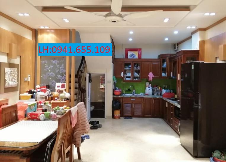 Bán nhà đẹp mặt tiền, trung tâm phố Tô Vĩnh Diện Thanh xuân 4T, DT 30m2. Giá 3,1 tỷ