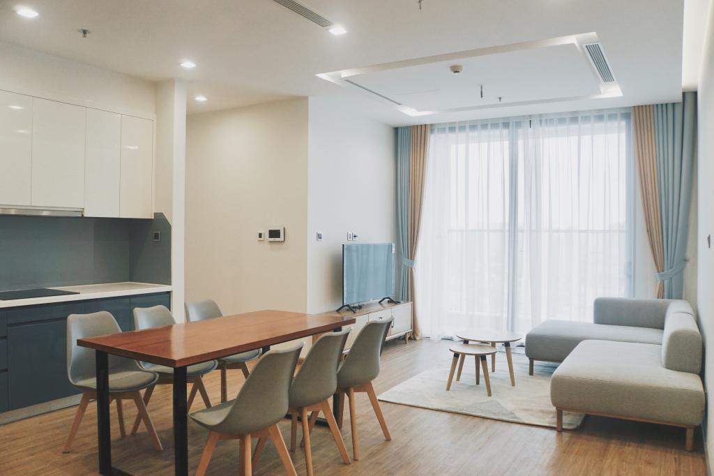 Cho thuê căn hộ Vinhomes Metropolis 80m2, 2 phòng ngủ, view hồ full đồ